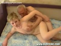 Old homeless dude being treated to a blowjob and pussy
