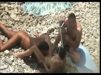 Three people have sex on the beach recorded